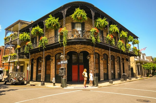 new-orleans-building